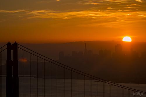 Wschód słońca nad San Francisco