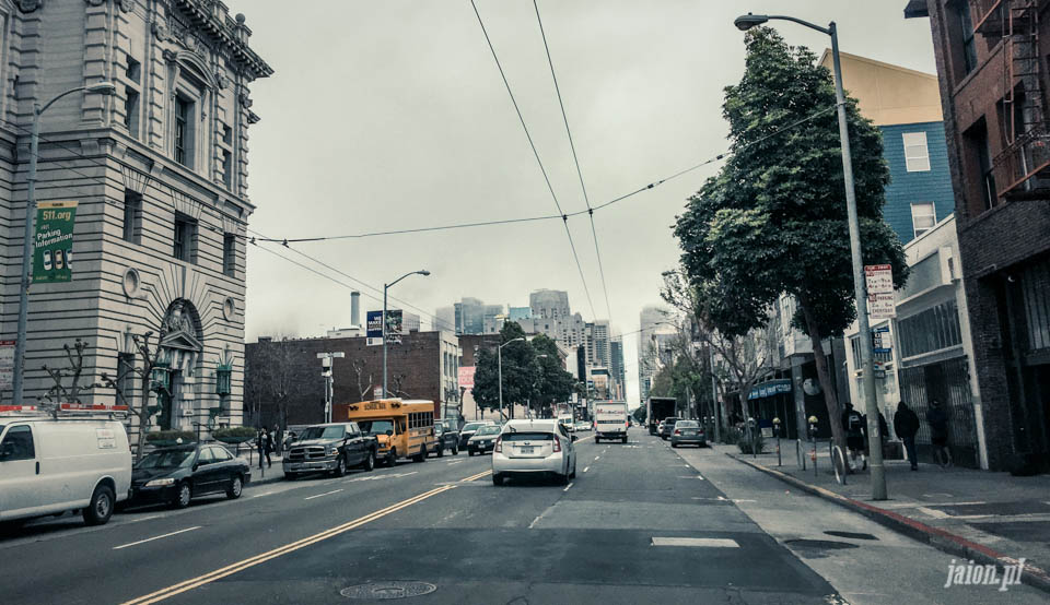 san_francisco_streets_chmura_mgla_cloud_101-21