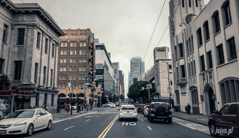 san_francisco_streets_chmura_mgla_cloud_101-22
