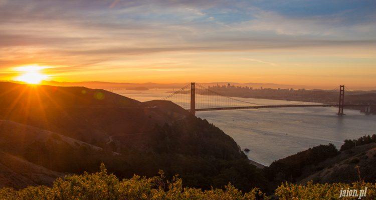 golden-gate-sunrise