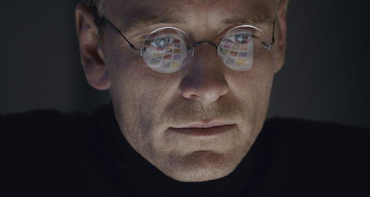 steve-jobs-movie-2015-holding