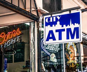Amerykanskie przelewy, czeki, platnosci, bankomaty