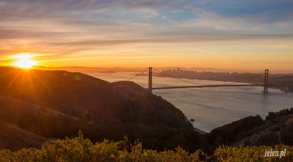 golden-gate-sunrise